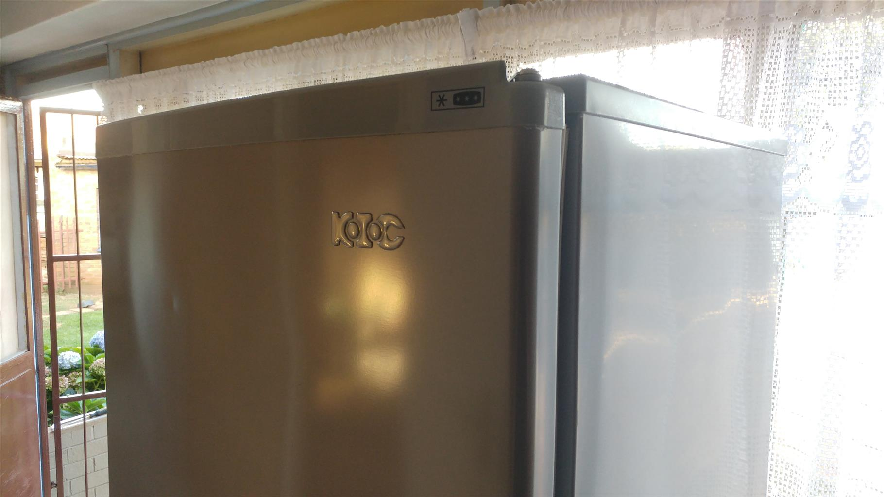 KIC fridge / freezer