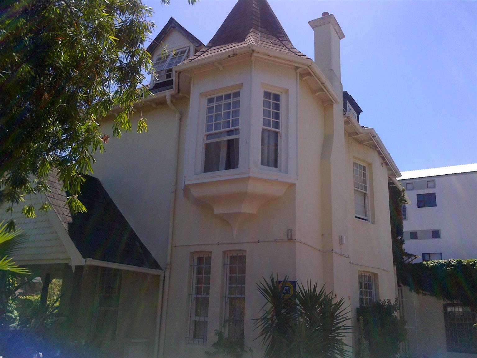 Young Professional House Share Available In Kenilworth, Cape Town