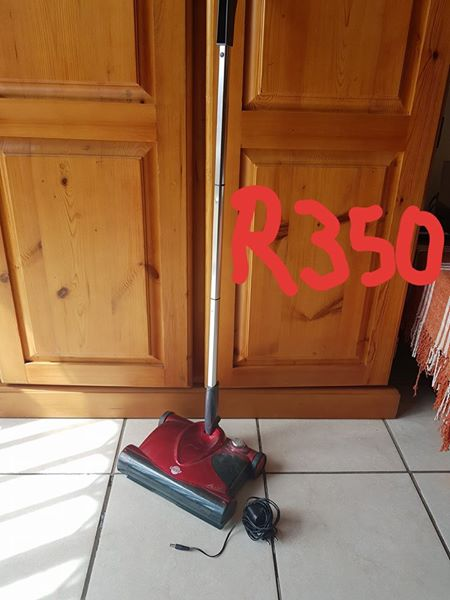 Vacuum cleaner for sale