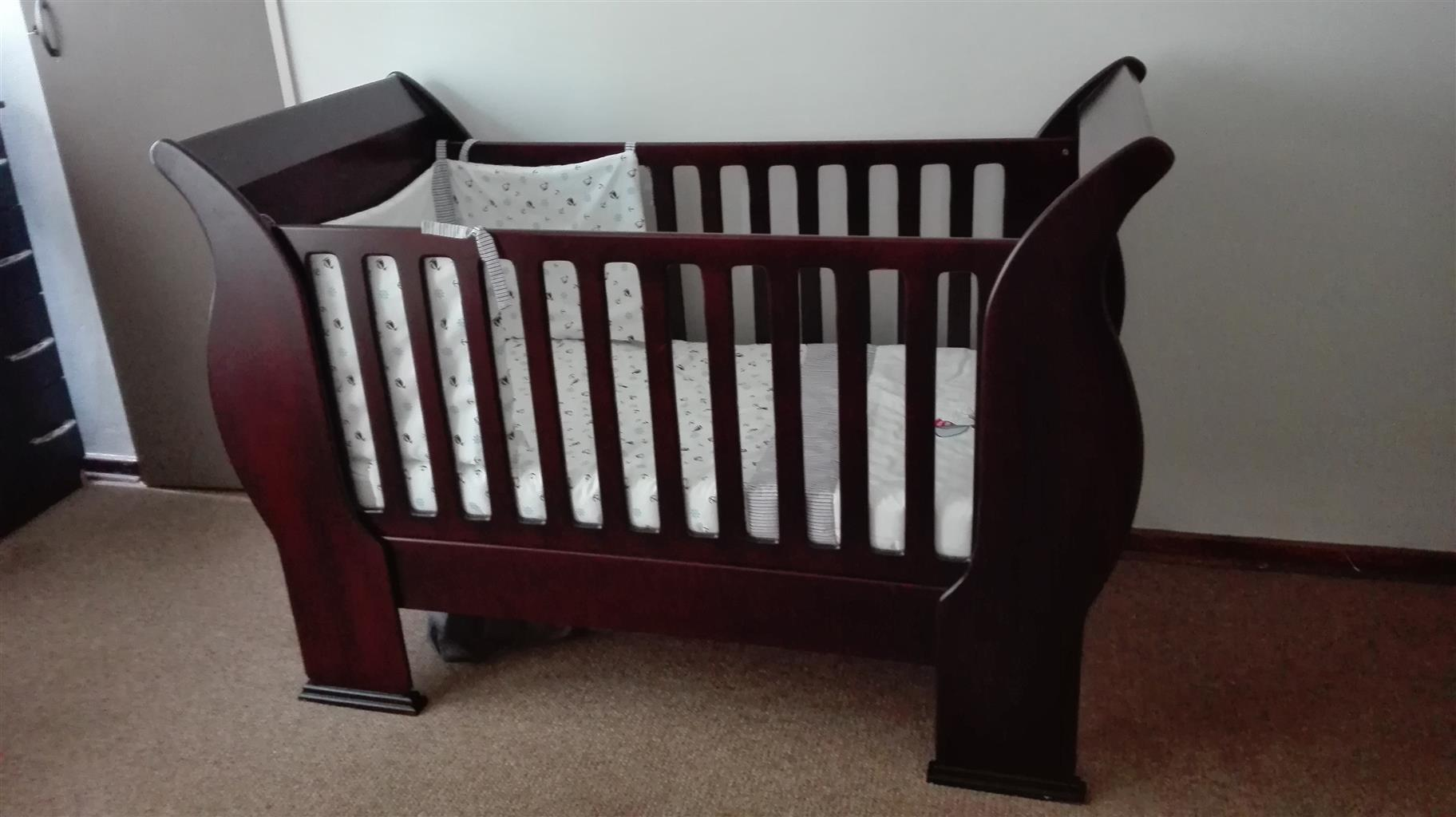 Baby Sleigh Cot