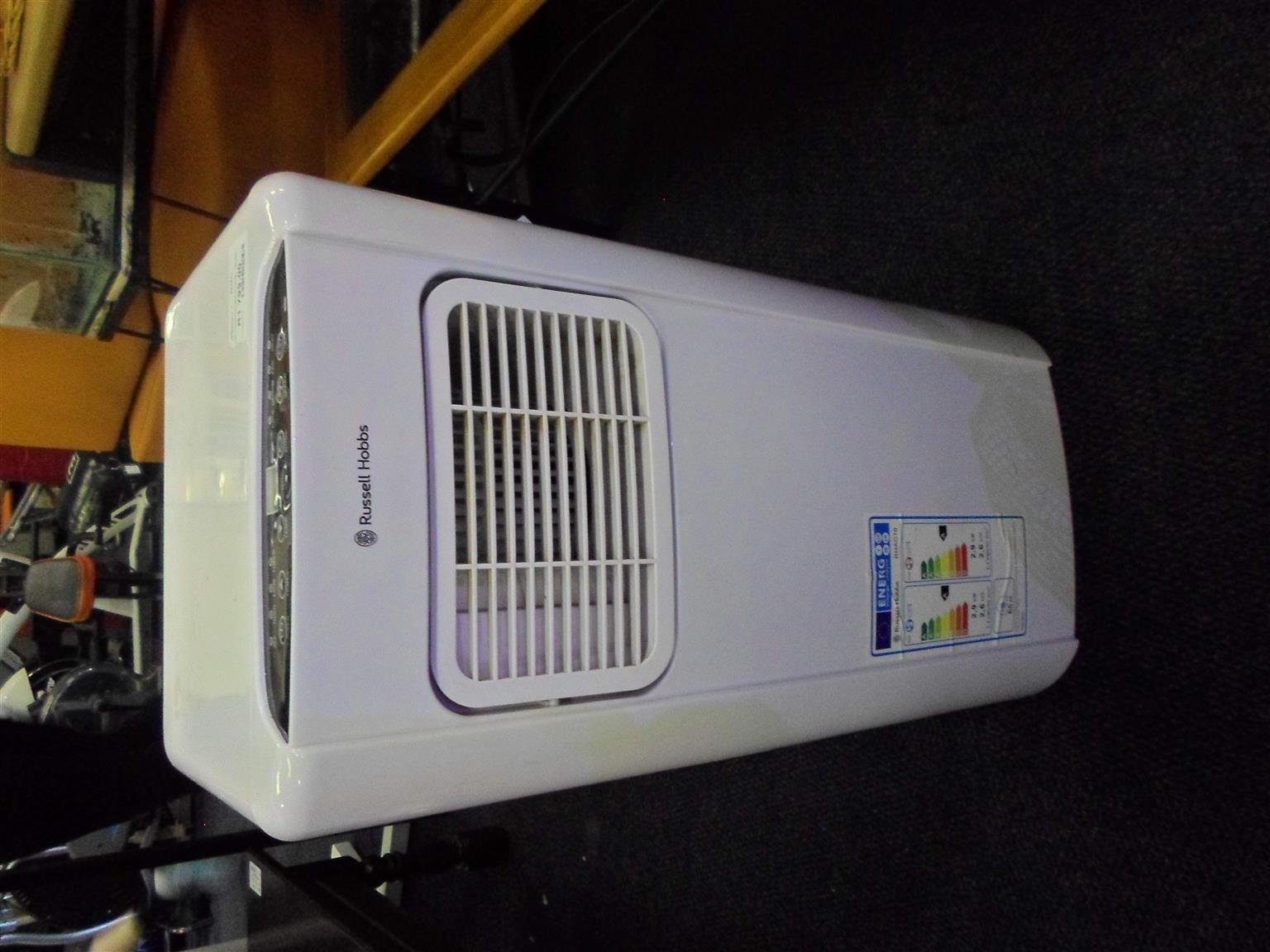 Russel Hobbs Air Conditioner