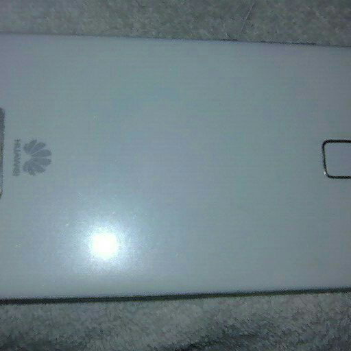 Huawei P9 for sale R2000