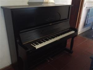 VARIOUS MUSIC INSTRUMENTS AND PIANOS FOR SALE