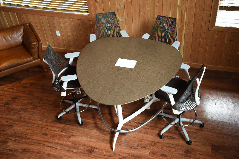 Herman Miller Enclave Table & 4 x Sayl Stools