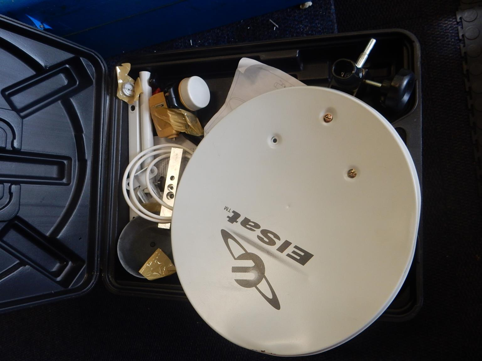 Elsat Portable Satellite Dish