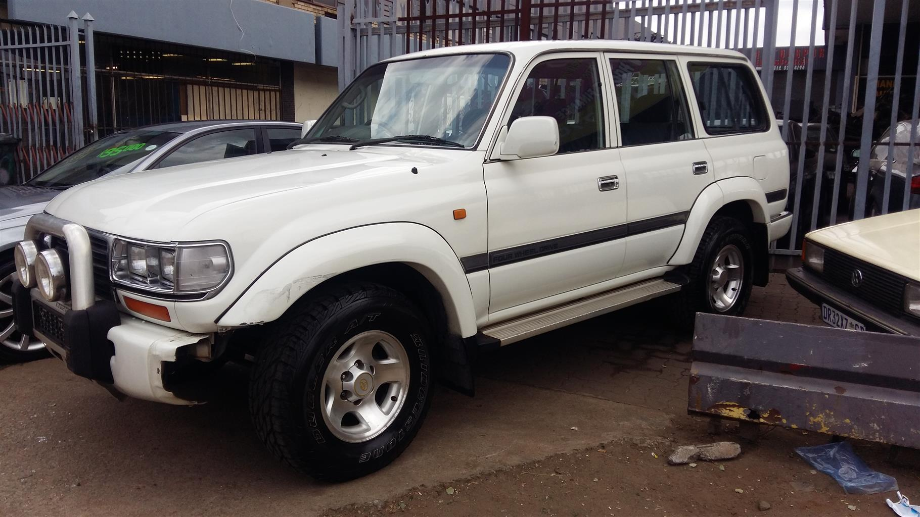High Quality 2003 Toyota Land Cruiser