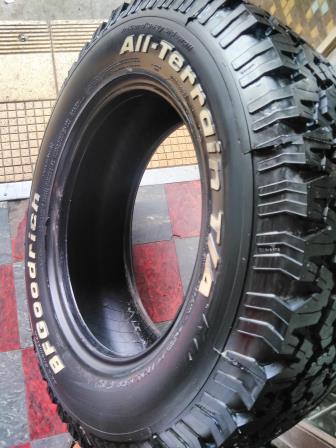 New 4 X 285/70/R17  BF GOODRICH  KO Tyres R10000 .