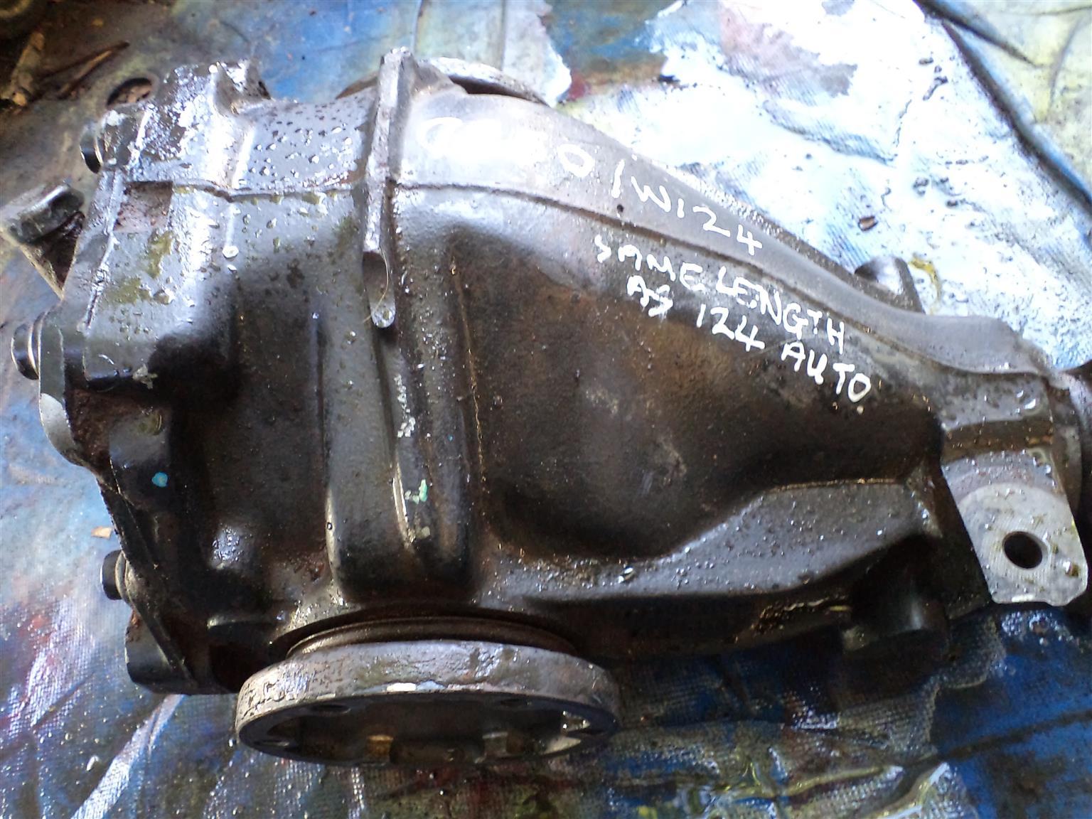 Mercedes W124 Series Diffs X Two Junk Mail Wiring Harness