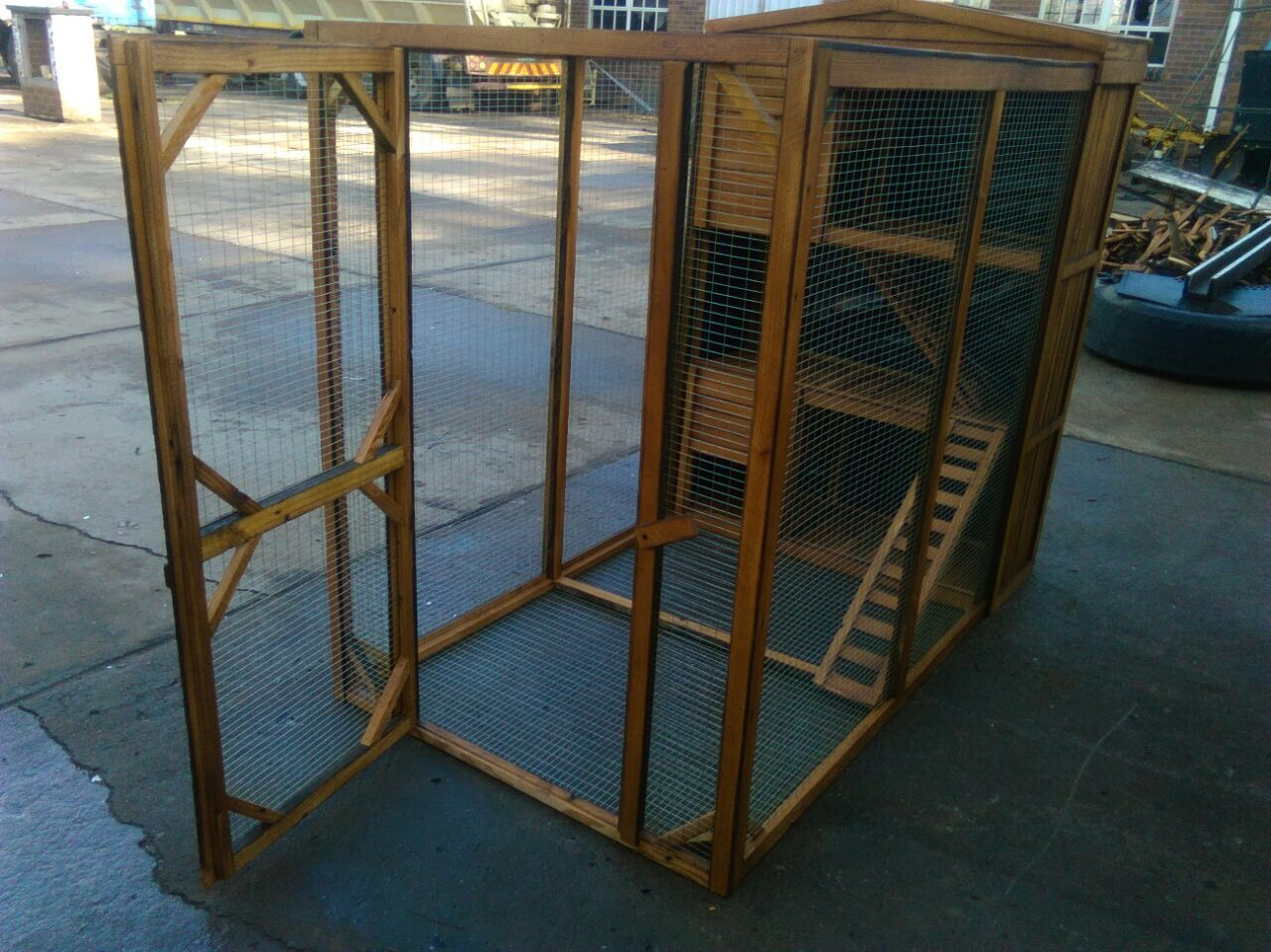 Rabbit Play Pen & Hutch