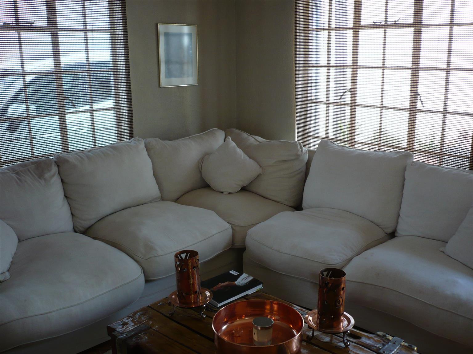 Lounge Suit For Sale