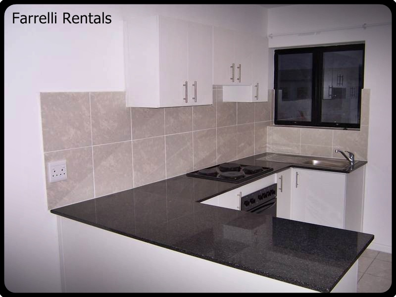 COMFORTABLE 2 BEDROOM APARTMENT ,1st May , THORNTON