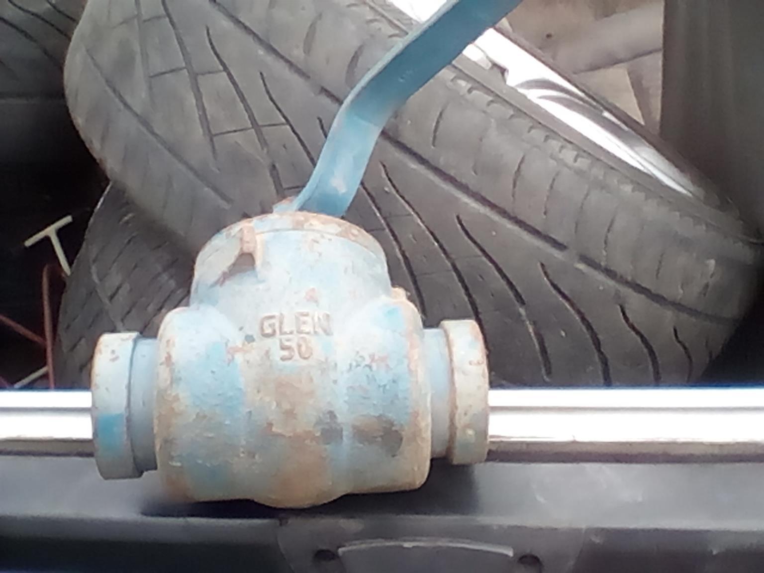 9×High pressure ball valves bargain
