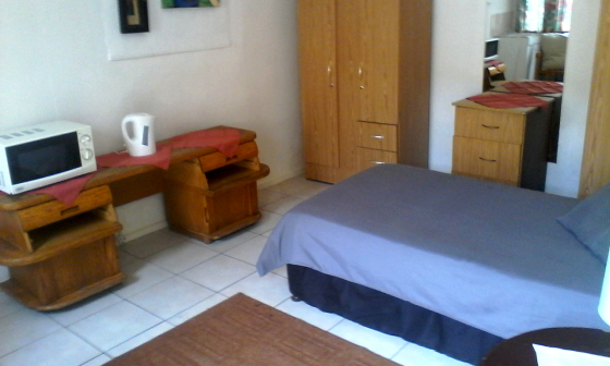 Prices of furnished rooms with meals, bar, Wifi etc.