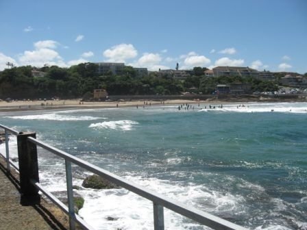SUNNY SOUTH COAST – Tariff from the 30 December – R250 pppn for 4 guests in self-catering holiday flats R1000 per night for 4