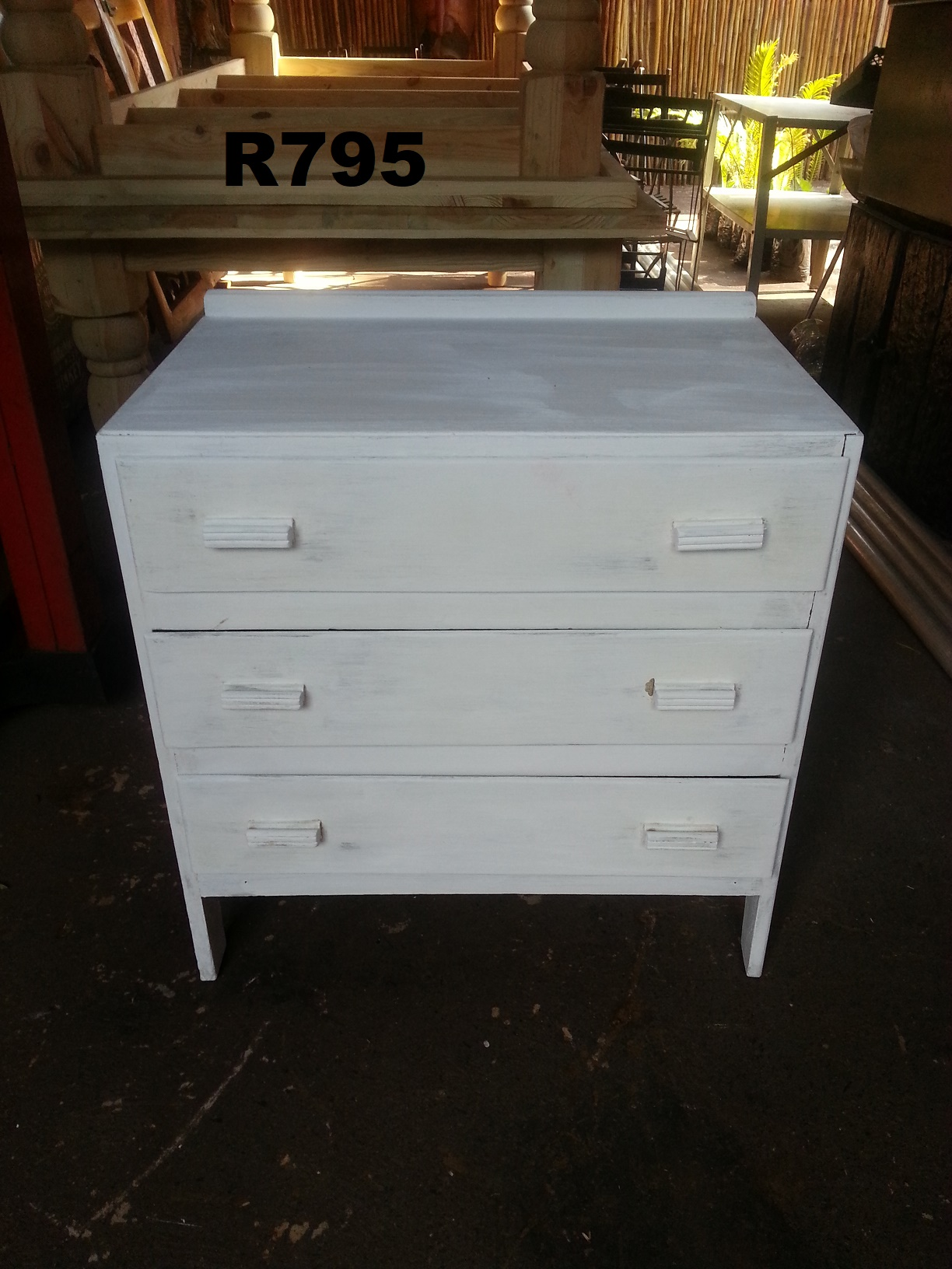 White Chest with 3 Drawers (730x455x750)
