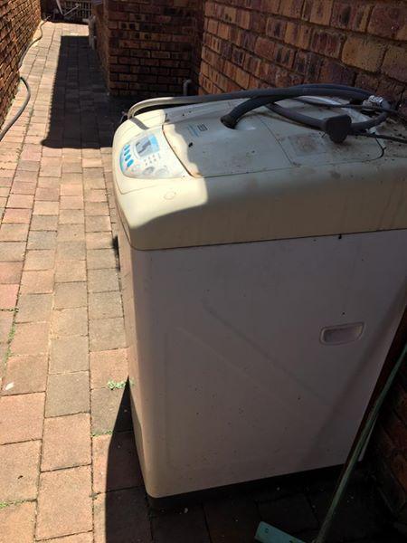 15 KG Defy Washing Machine for sale
