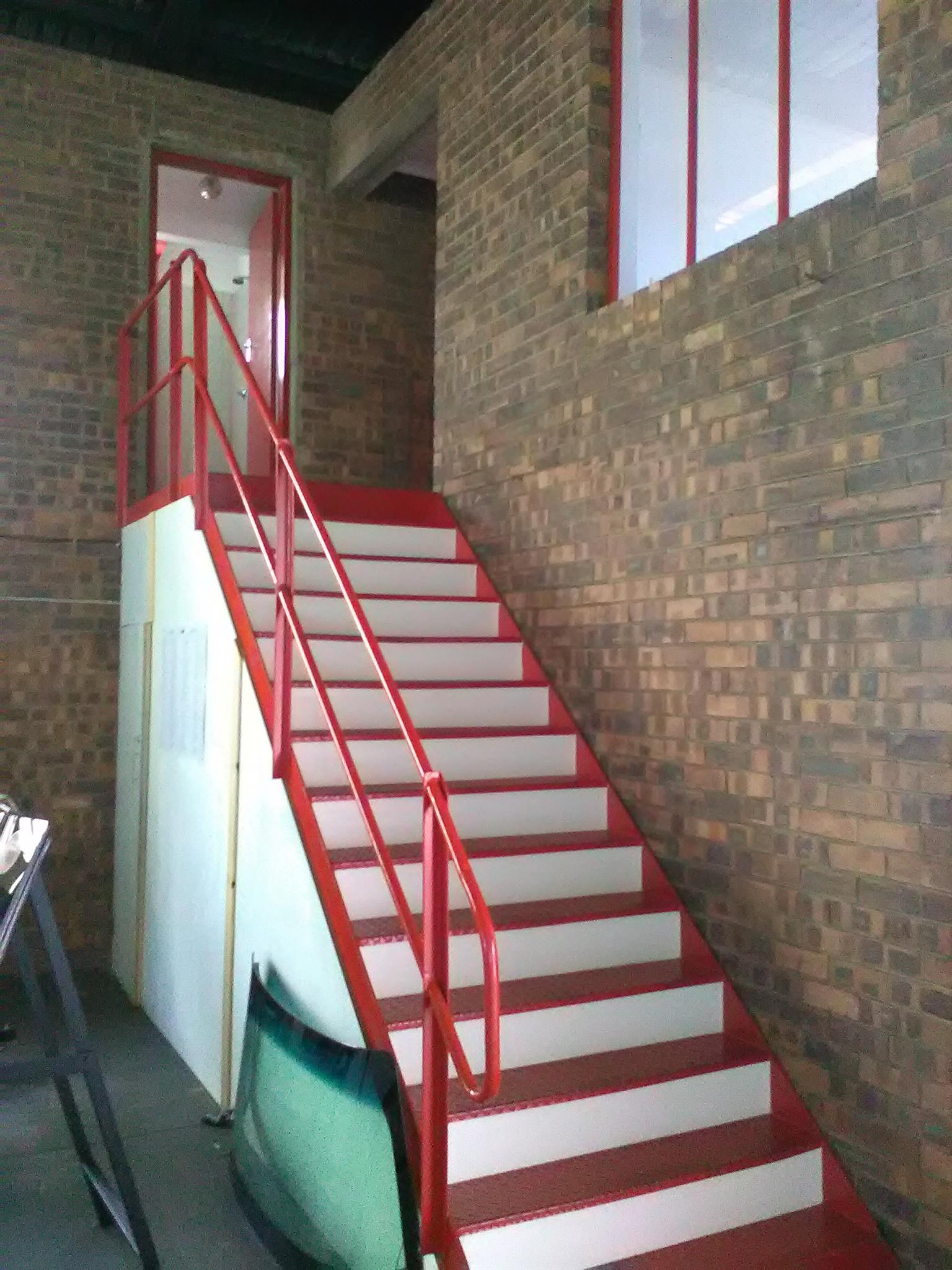 400m2 factory for sale in Germiston