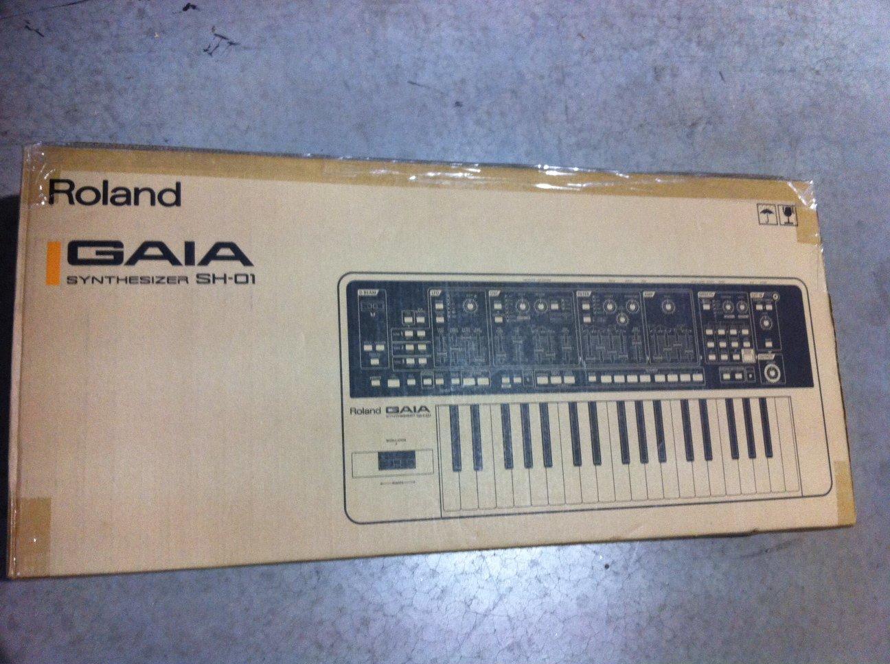 Roland Gaia SH01 Synthesizer