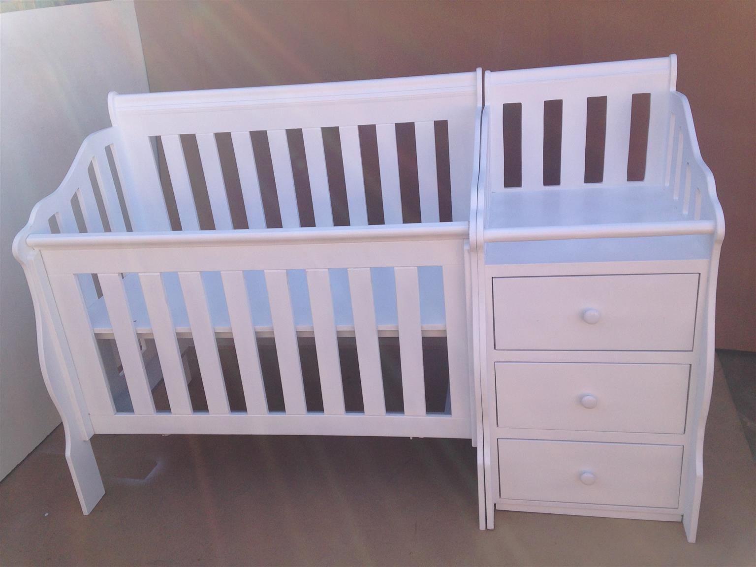 Lotus Combined Baby Cot & Compactum R5999,00