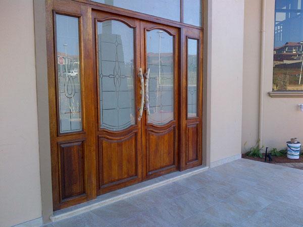 Door hanging services durban, wooden door repair durban, pivot door fitting, skirting and architrave