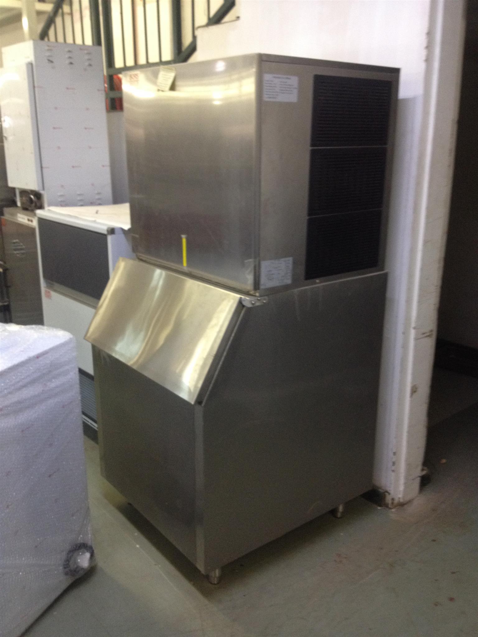 ICE MACHINE 500KG