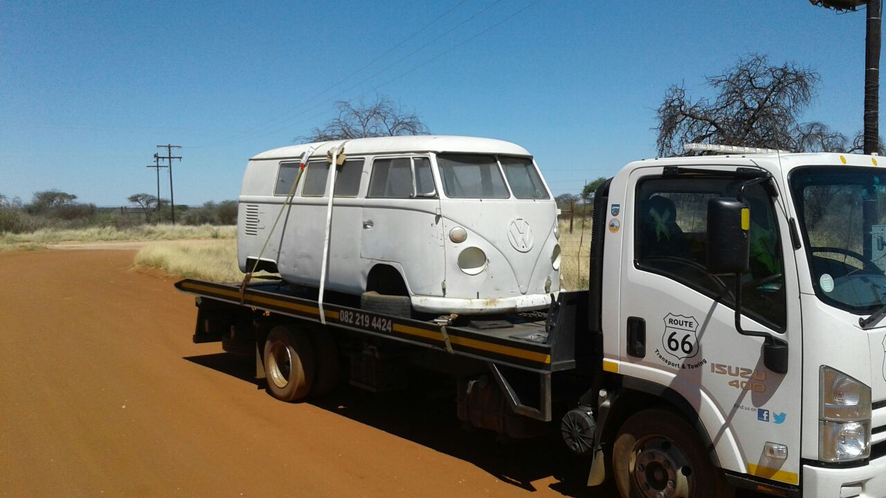 Bloemfontein to Gauteng. Car Transport & Car Towing with rollback truck.