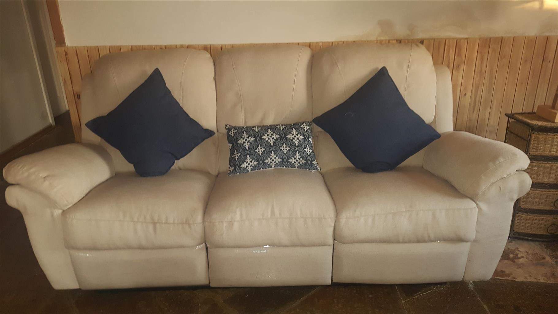 Lazy Boy Couch set of 3