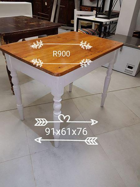 Smaller white bottom kitchen table