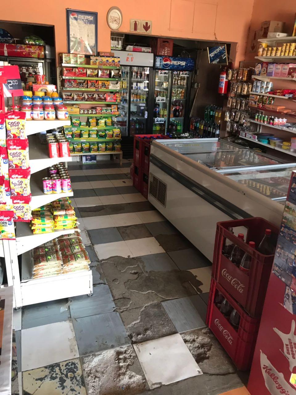 Pretoria East /Eerstesrus Shop for sale