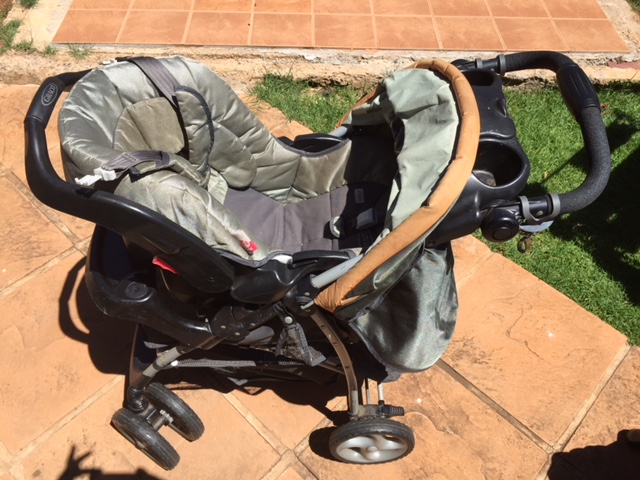 Graco Pram with car Seat