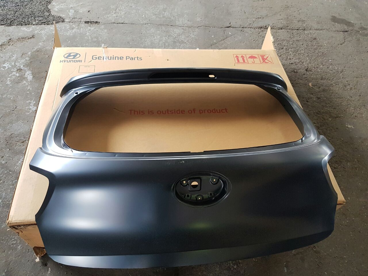 GRAND I10 TAILGATE new and used spares