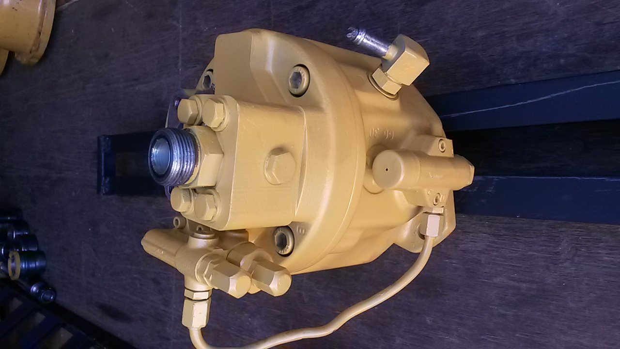 Hydraulic pumps for TLBs. Reconditioned and tested. CAT, Volvo, Bell, Komatsu...