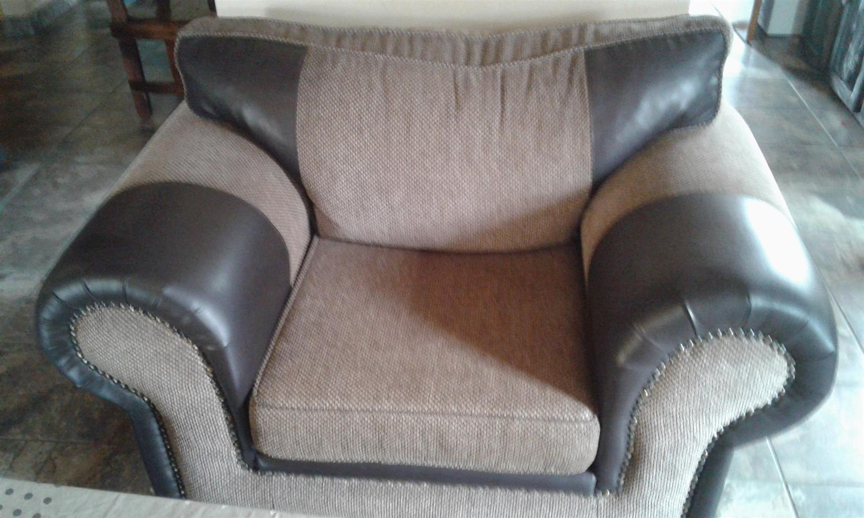 3 piece lounge suite for sale