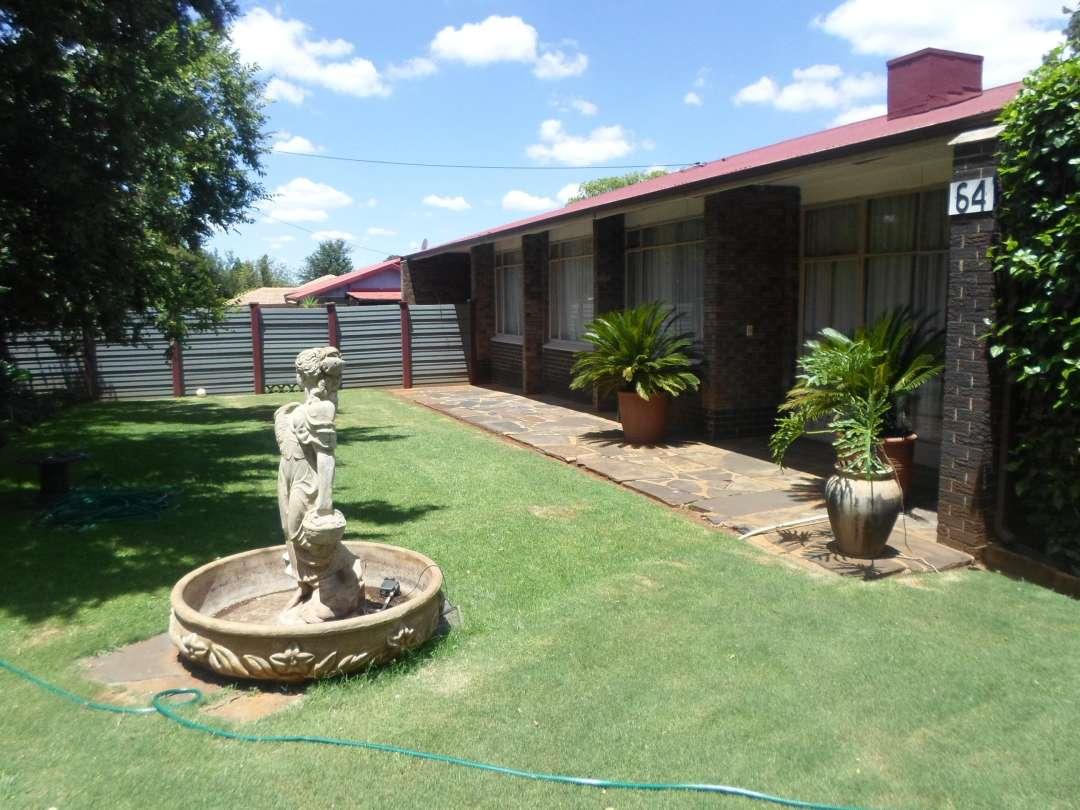 Valhalla House on Auction