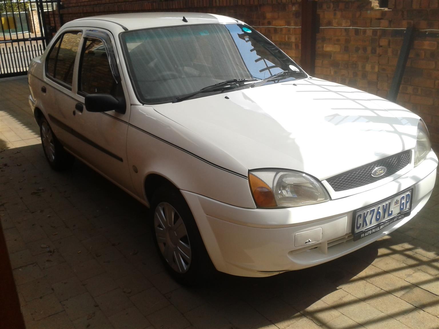 2004 Ford Ikon 1.6i