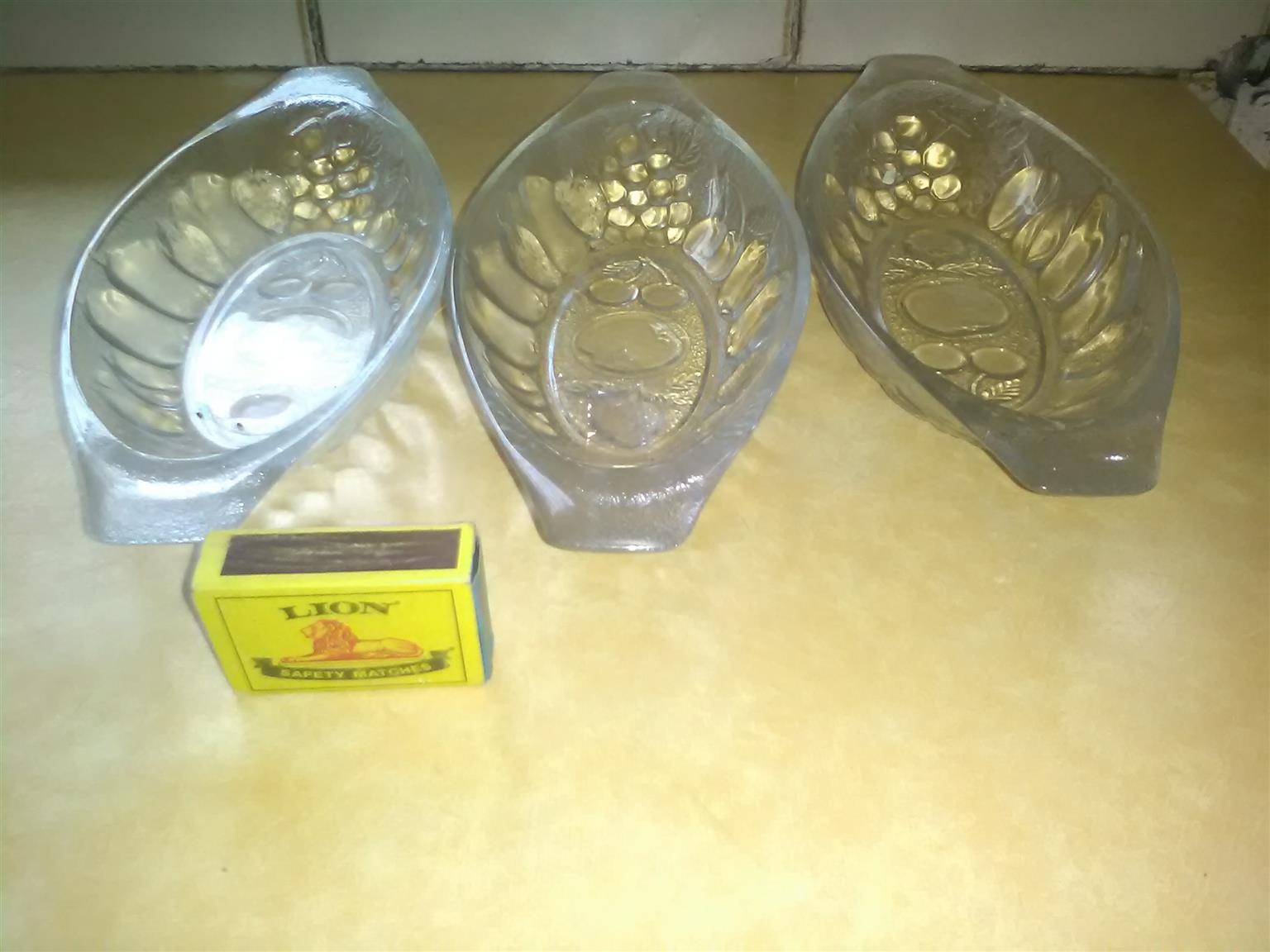 crockery and glassware