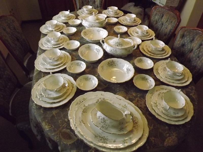 Royal Albert Hawthorn Dinner service + Tea set + Coffee set 18 Place setting 220 pieces Complete .