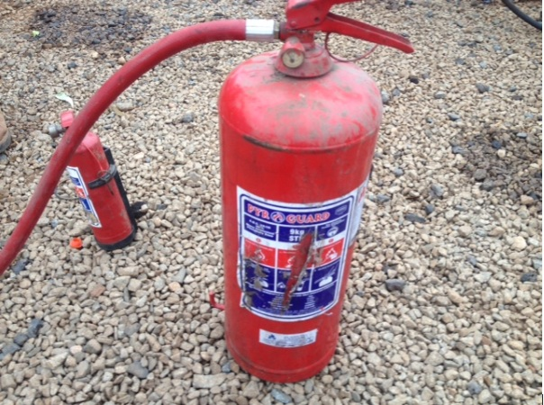 S2998 Red Fire Extinguisher 9Kg Pre-Owned Other