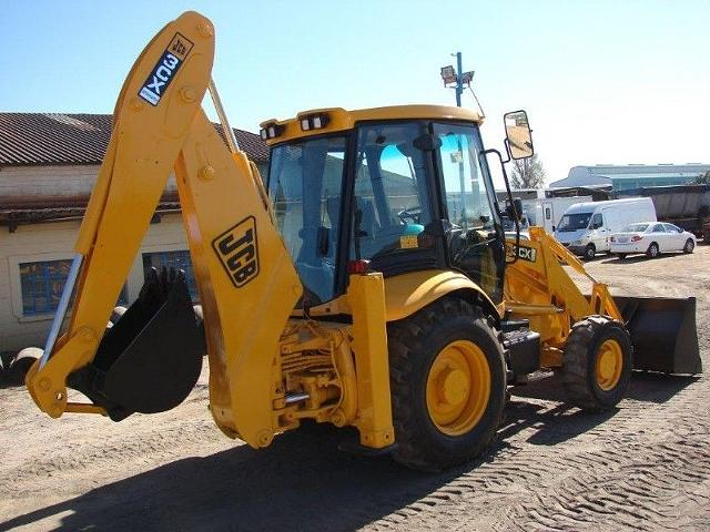 TLB,DUMPTRUCK TRAINING CALL 0785830252 AND GET FREE FORKLIFT TRAINING