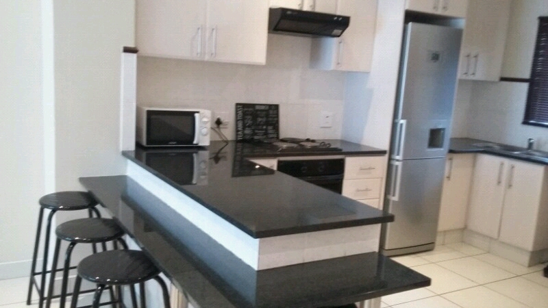 3Bedrooms with 2Bathrooms holiday flat in Durban North @R1700 per night.