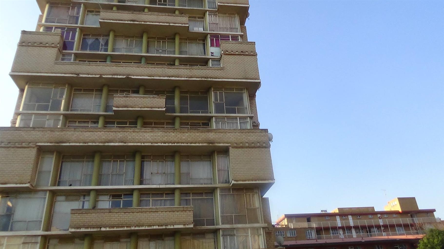 Stunning 1.5 Flat in Sunnyside – R300 000