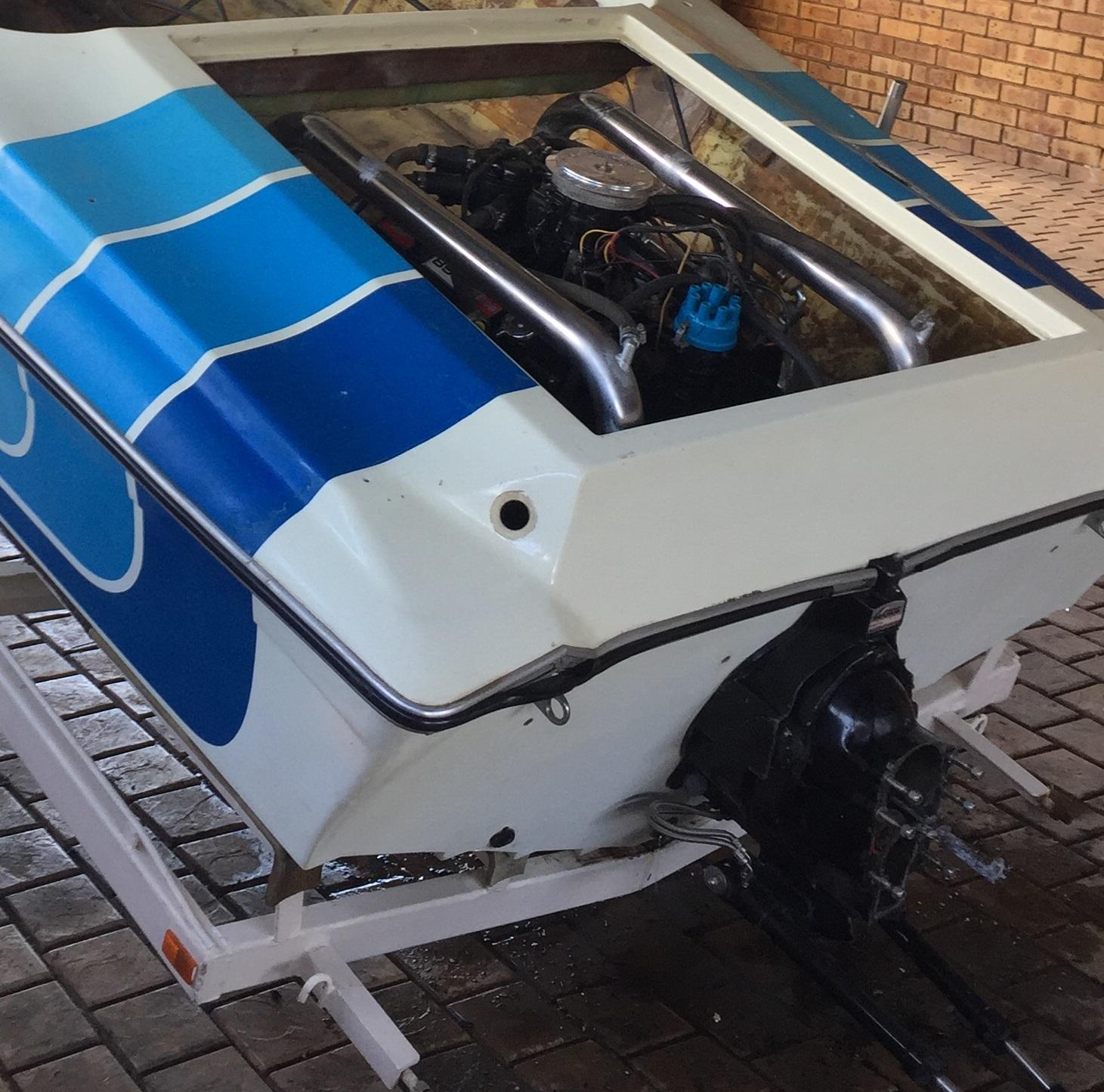 17,5ft V8-230hp Mercruiser Inboard.Bargain!!!