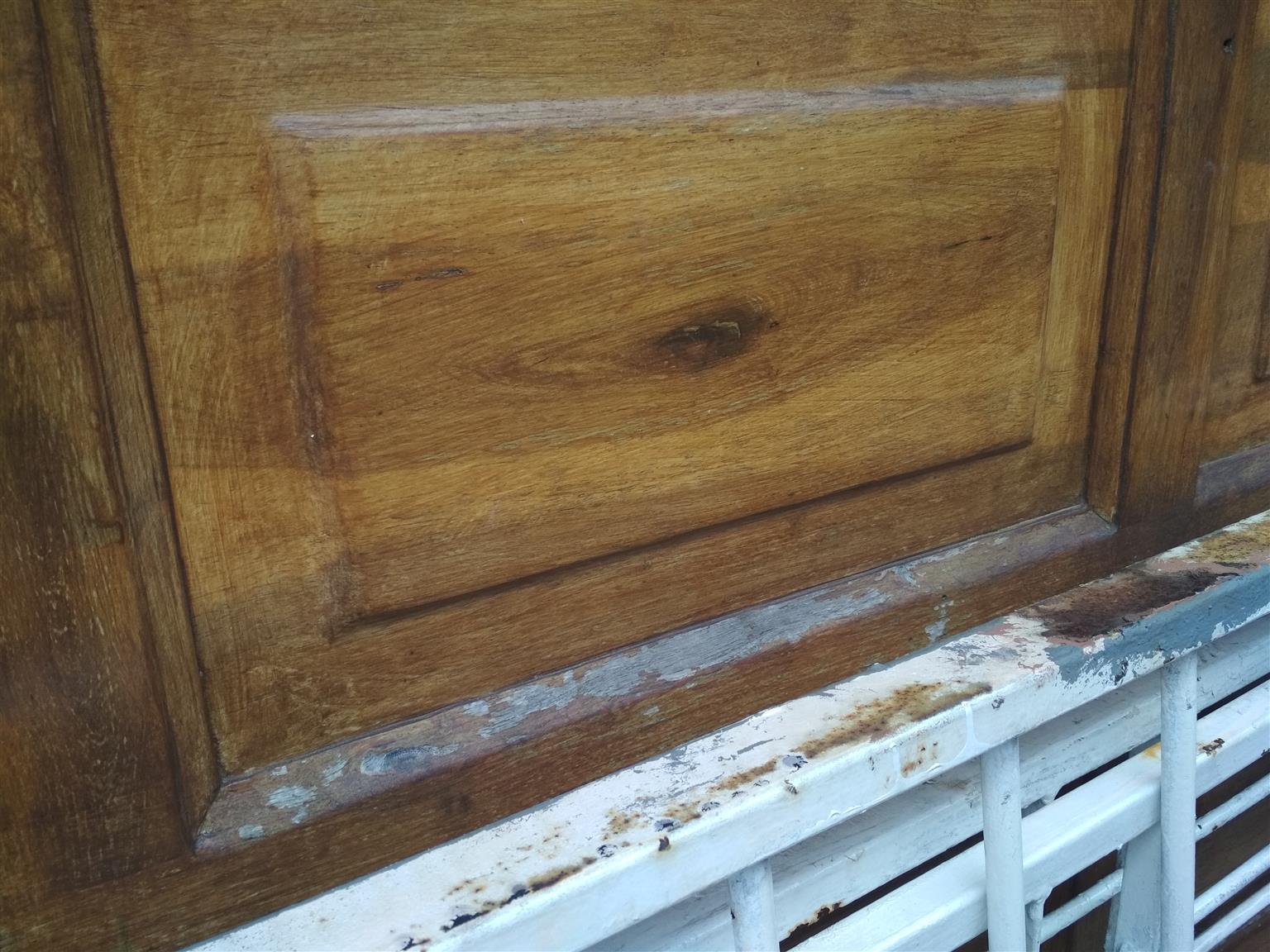 Garage door and gates R600
