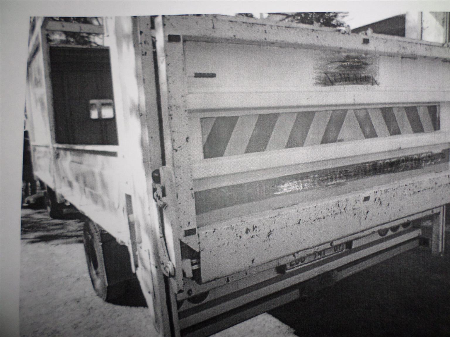 RATCLIFF RV1000 TAILLIFT