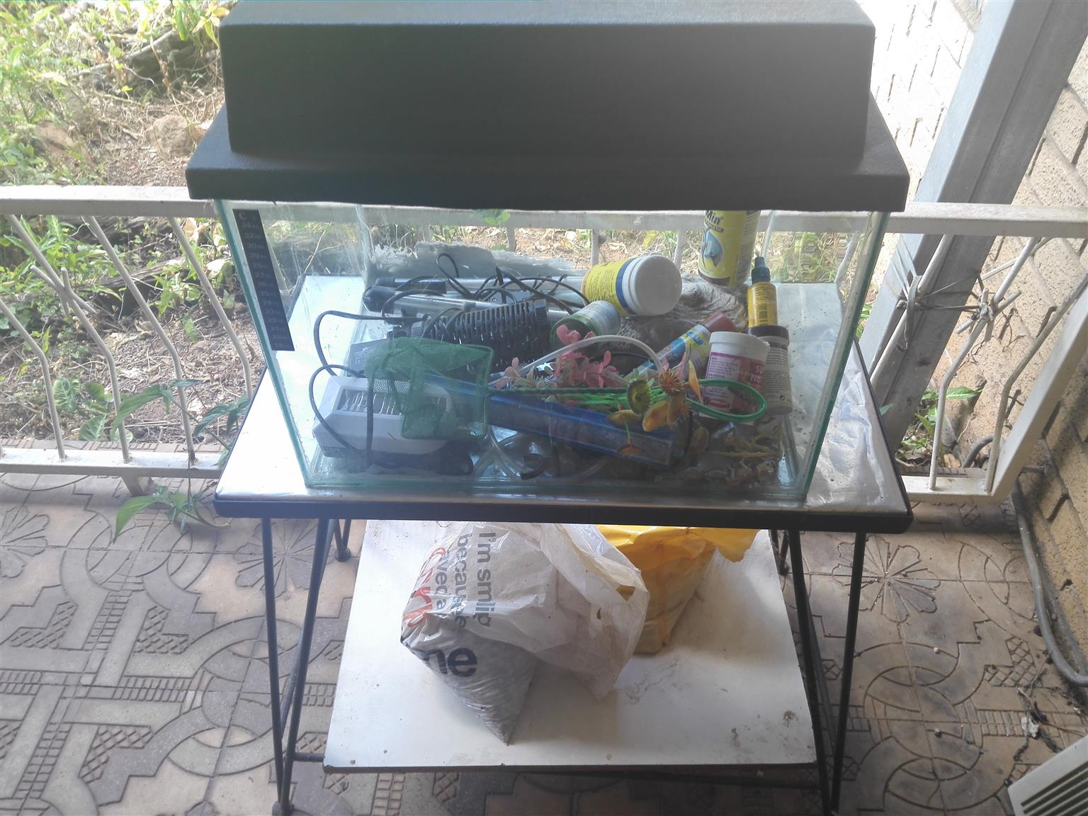 Fish tank and stand with extra