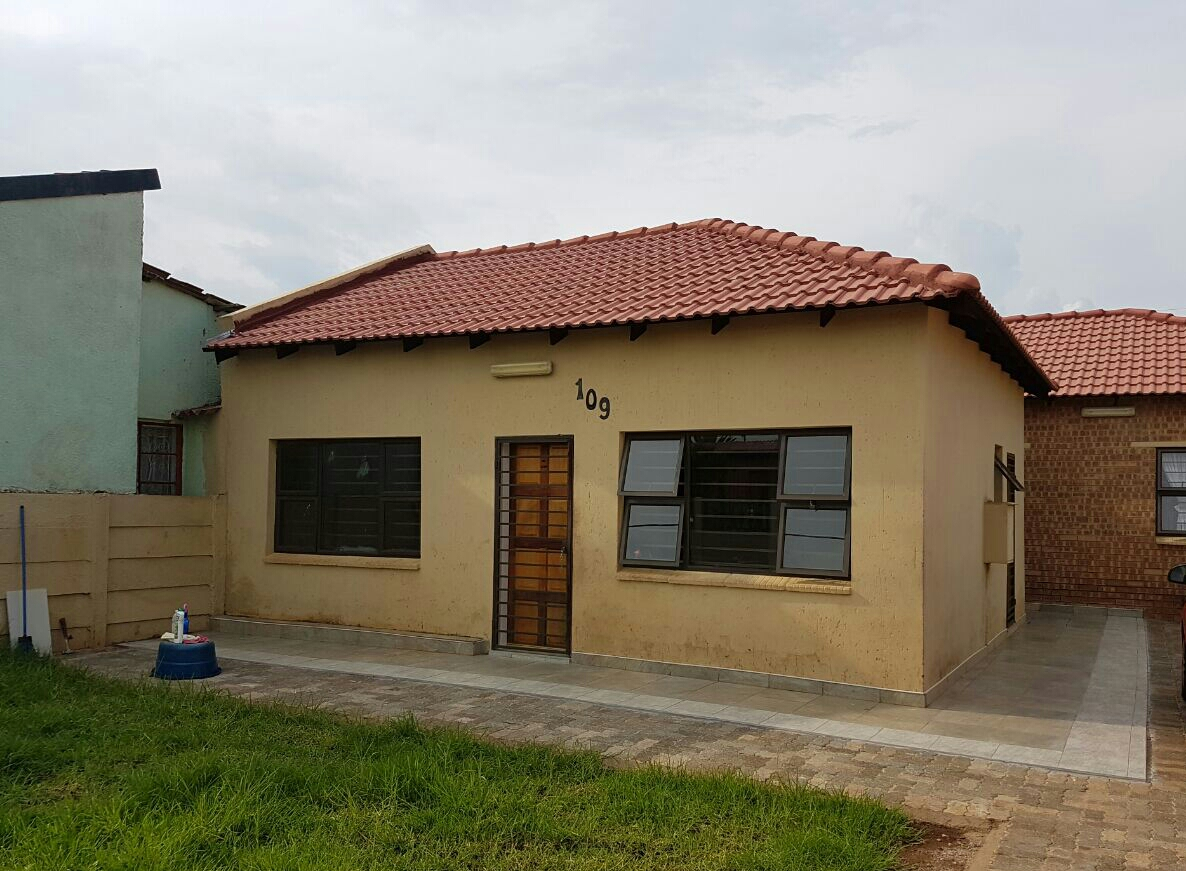 House to Rent in Lenasia ext 2