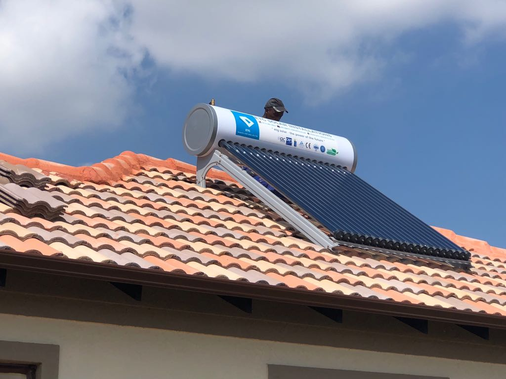 For Sale Solar Geysers 300l 200l And 150 Liter High