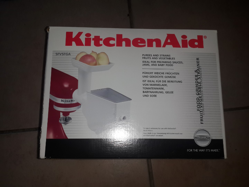 Kitchen Aid lift bowl mixer in excellent condition