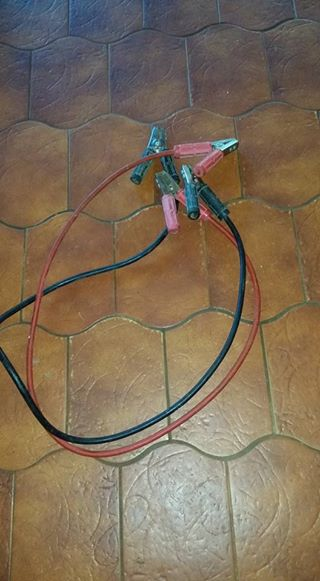 1 x 24 Amp set of jumper cables