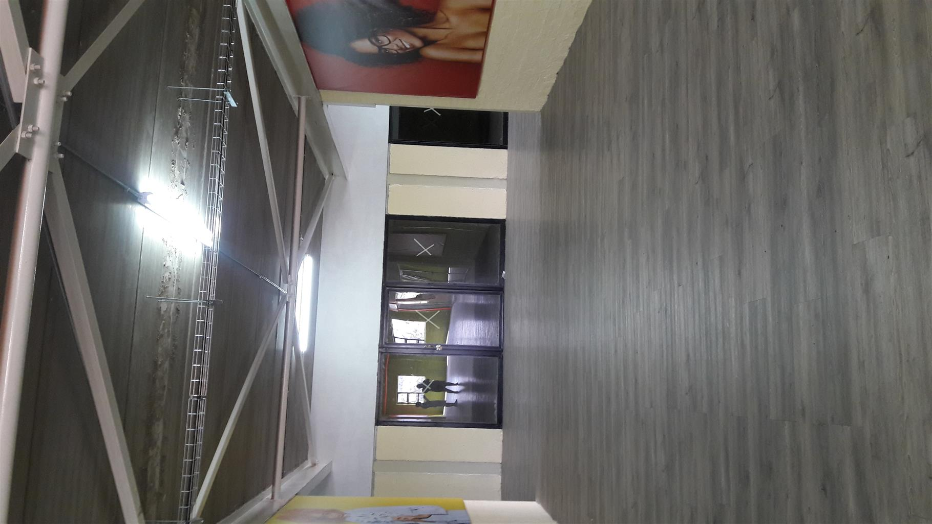 45m2 Offices to let in Cosmo City-Randburg call 0833726342